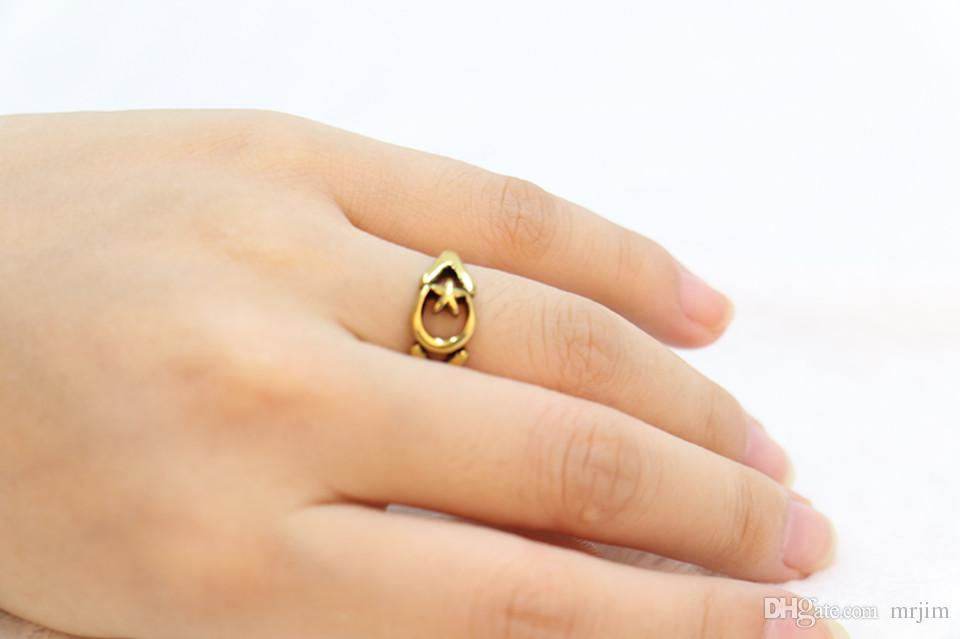 Fashion products sell like hot cakes made by hand of the Lord of the rings of the moon star ring wholesale