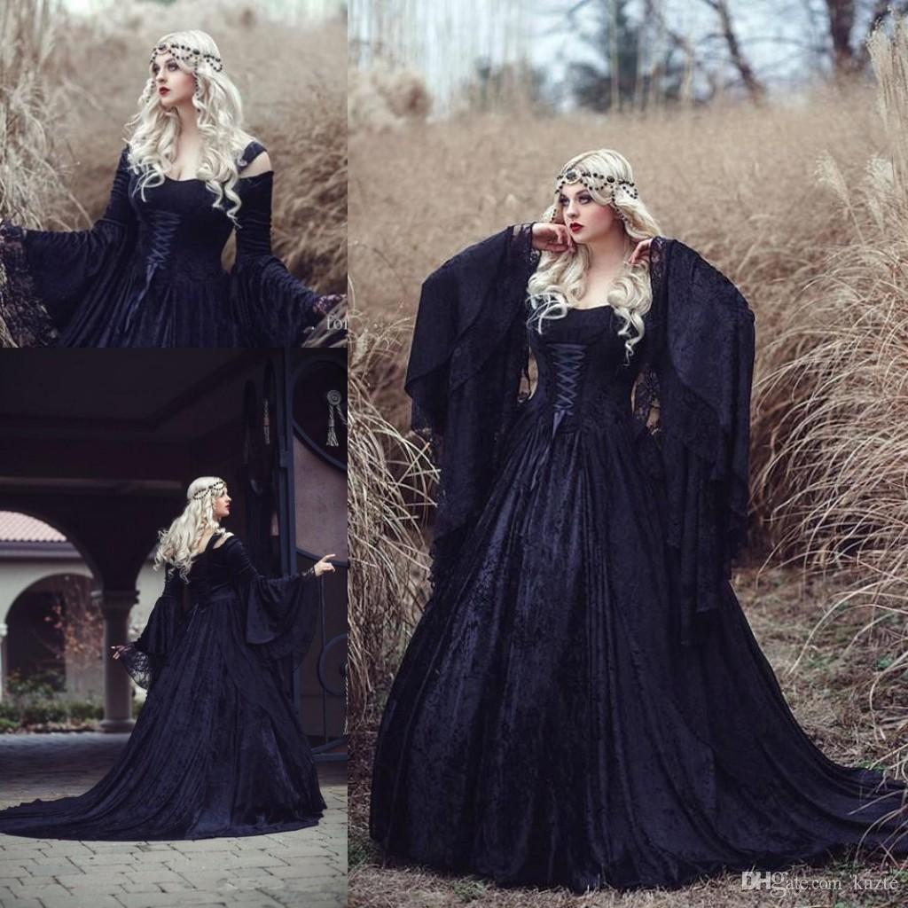 Plus Size Retro Gothic Wedding Dresses High Quality Black Full Lace Long Sleeved Medieval Bridal Gowns Lace-up Back with Train