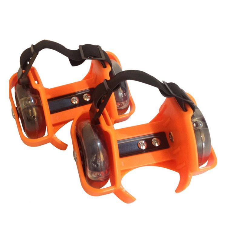 جودة عالية الرياضية بكرة المضاء عجلات اللمعان كعب تزلج بكرات الزلاجات أحذية بعجلات اللمعان الرول سكيت سكوتر