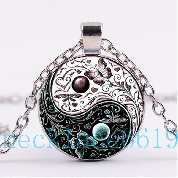 e8ce72215064 Compre 10 Unids Yin Yang Flor Collar De Mariposa Colgante