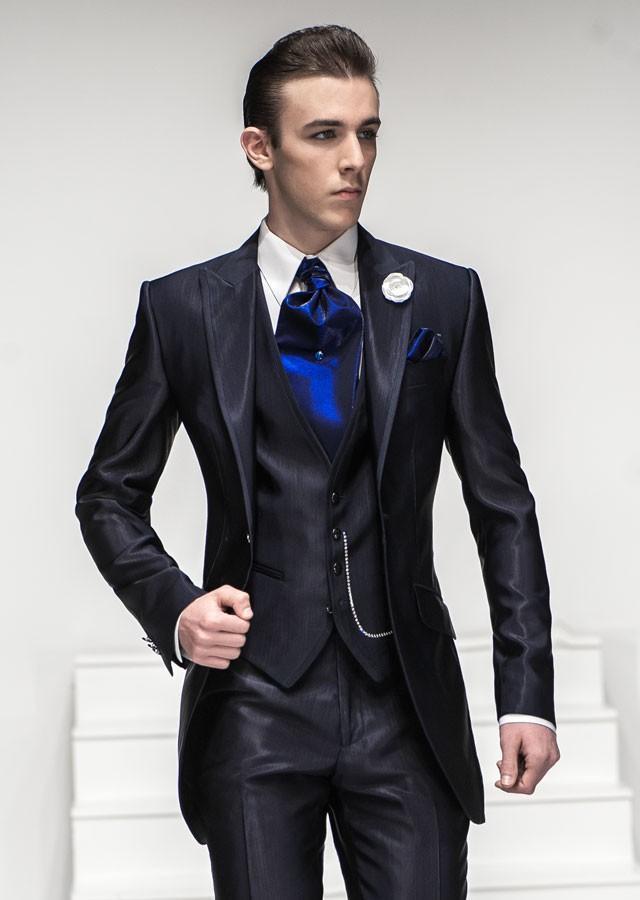Nice Suit One button Navy Blue Peaked Lapel Groom Tuxedos Groomsmen Men Wedding Suit Tuxedos Jacket+Pants+Vest