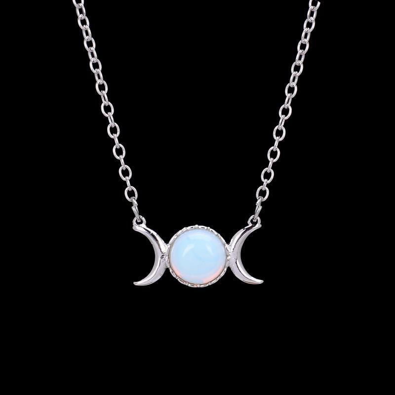 Compre sailor moon mujeres del collar cristalino rosado del collar compre sailor moon mujeres del collar cristalino rosado del collar del collar al por mayor de media luna colgante de piedra natural moonsun palo plateado aloadofball Gallery