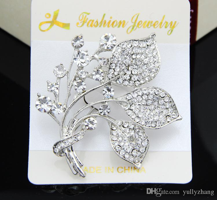 Jewelry 2016 New Fashion Crystal Flower Brooch Beautiful Design white Rhinestone Brooches For Women Wedding & Party B042