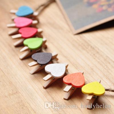 600 sztuk Mini Cute Cartoon Serce Kształt Drewniane Klipy Kolorowe Zdjęcia Klip Wood Spring Clothespins Papier PEG Szybka Darmowa Wysyłka