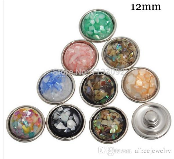 50 teile / los Mix Farben Hochwertige Mode Runde Shell Stein Noosa Chunks Metall Ingwer 12 MM Druckknöpfe Für Diy Schmuckzubehör