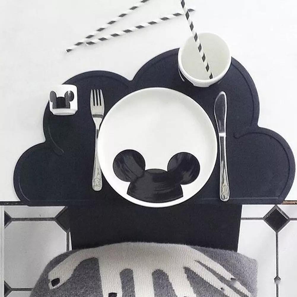 للحصول على احدث الطفل أدوات المائدة حصيرة مطبخ جنسين 47.5cm * 27CM إناء ماتس الحرارة مقاومة للسيليكون سحابة تحديد الموقع على شكل