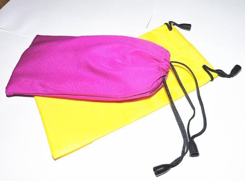 Envío gratis Durable a prueba de polvo a prueba de polvo de plástico gafas de sol bolsa de lentes suaves bolsa de gafas caso Accesorios 100 unids