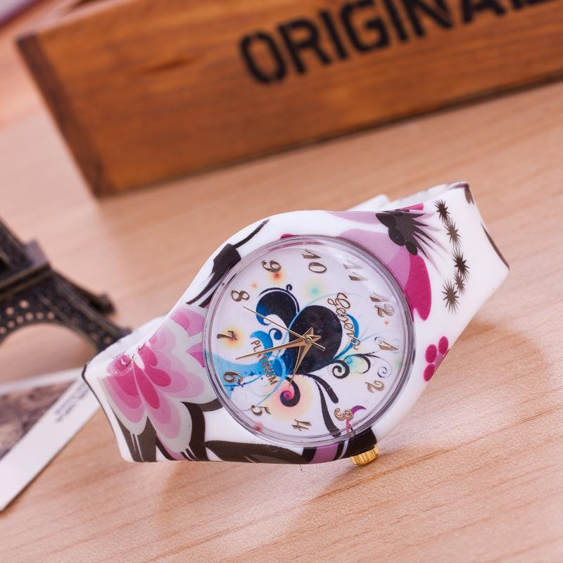 New Type Low Price Fashion Girls Watches Popular Students Nice ...