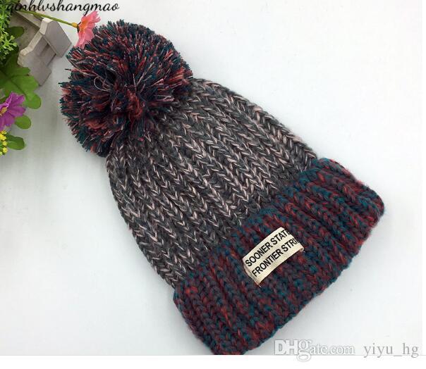 Kadınlar Kış Sıcak Bere Örgü Yün Spor Kapaklar Kafa Sevimli Kayak Şapka Moda Snapback Hiphop Şapka Bayanlar Için Saç Ampul ile Sıcak Satış