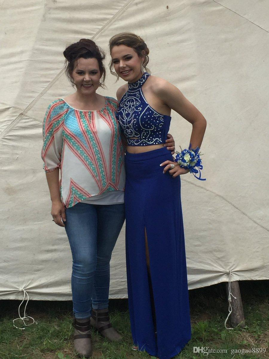 Sexy due pezzi 2019 Ruyal Blue Prom Dresses Una linea Halter Backless senza maniche spacco alto con pavimento in rilievo Train Party Queen Gowns DTJ