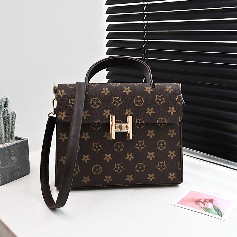 a54be4c1b73 Luxury Handbags Designer Handbag Women Bags Famous Brand Retro PU Leather  Lady Bag Shoulder Bag Printing Small Messenger Bags