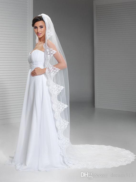 2016 Hight Qualityr Best Sale Cathedral White Ivory Lace Applique veil Mantilla Veil Bridal Head Pieces For Wedding Dresses
