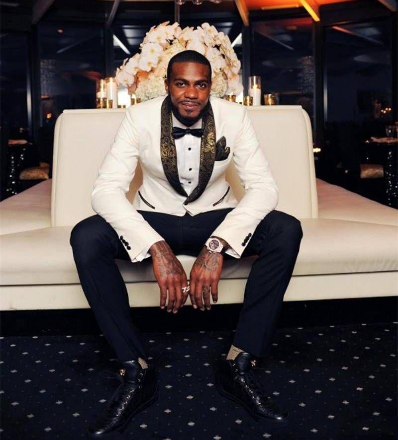 Tuxedos De Mariage Blanc Beau Slim Fit Or Motif Laple Costumes Pour Hommes Pas Cher Un Bouton Costume De Marié Seulement La Veste Et Mouchoir