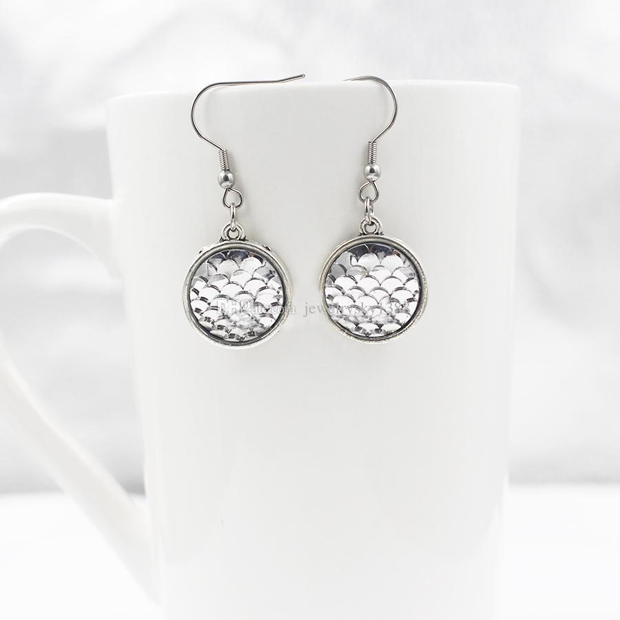 12 couleurs MERMAID échelle boucles d'oreilles résine poisson dragon échelle en acier inoxydable boucles d'oreilles pour les femmes cadeau d'anniversaire beaux bijoux
