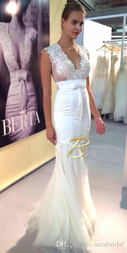 Berta 2016 Mermaid Evening Dresses Sexy V Neck Lace Hollow Back Full Length Prom Formal Dress Pageant Party Dresses With Bow Saudi Arabic
