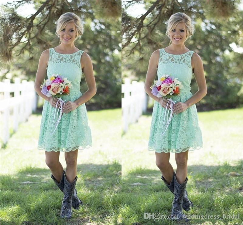 2019 Country Style Mint Green Bridesmaid Dresses Short Lace Formal Evening Prom Gowns Above Mini Wedding Party Dress for Junior and Adult