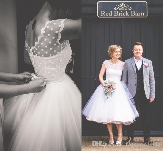 Vestidos de novia de playa de longitud de té corto de los años 50 con mangas de manga Lunares con pliegues de tul vintage 2019 tallas grandes vestidos de boda personalizados