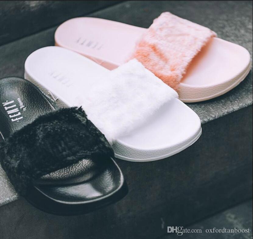 425d014ce24 Compre Com Sapatos Originais Chumbo Fenty Rihanna Sapatos Mulheres Chinelos  Sandálias Indoor Meninas Moda Scuffs Branco Cinza Rosa Preto Deslizamento  De ...