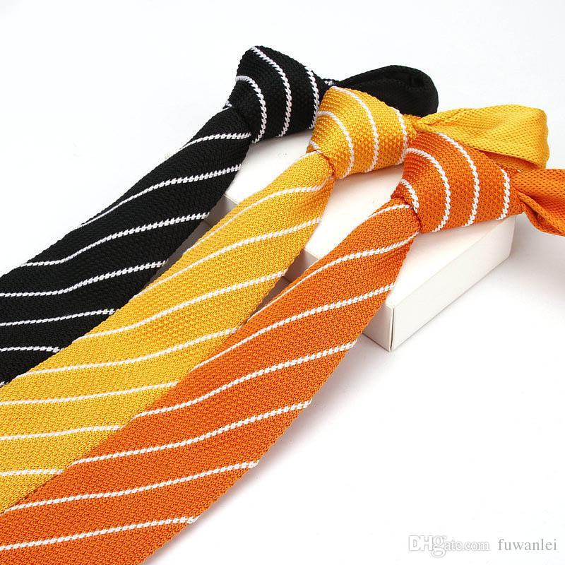 Cravatte da uomo trendy cravatte piatte rosso / nero / blu scuro / arancio / giallo cravatte a maglia colore le donne uomini lavoro di partito di nozze
