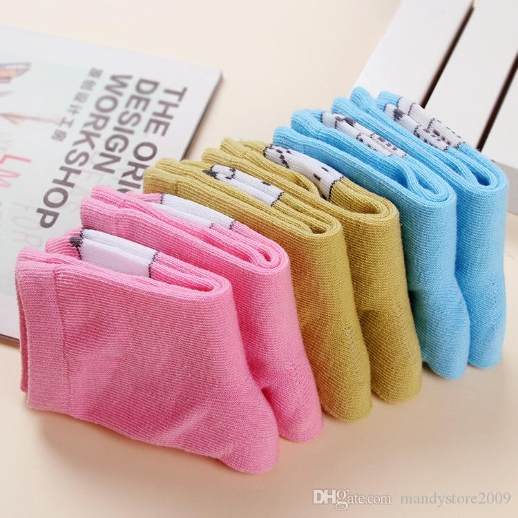Dünne Art-Kindersocken-Karikatur-Baumwollbaby-Socken-nette Katzen-Fox-Muster-Knöchelsocke für Kinder 20 Paare / Farbe