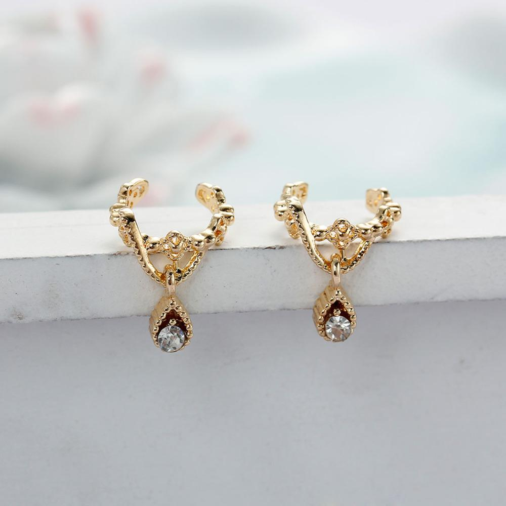 "DoreenBeads New Fashion Ear Cuffs Clip Wrap Earrings Drop Gold color / Silver color Clear Rhinestone 11mm 3/8"" x 10mm,"