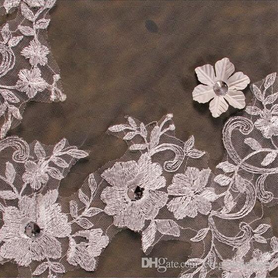 2021 도매 신부 베일 스타일 Tulle Wedding Veils 레이스 페르시 긴 액세서리