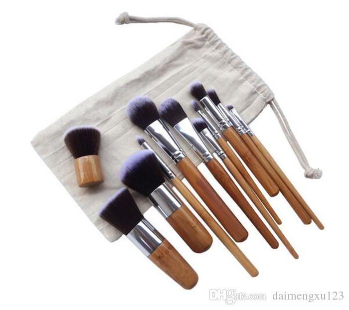 best price Professional Make Up Tools Pincel Maquiagem Wood Handle Makeup Cosmetic Eyeshadow Foundation Concealer Brush Set Kit D649