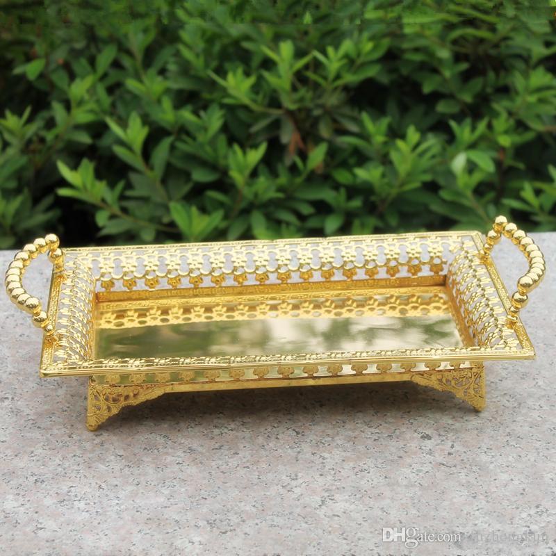 Kostenloser Versand Luxus Gold Finish Metall Tablett, hohle Metallplatte