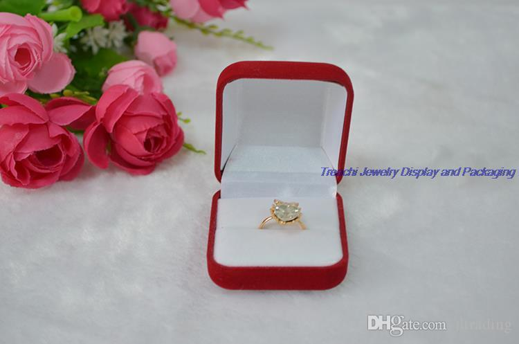 Wholesale Cheaper Red Velvet Jewelry Box Ring Box Gift Box Small Ring Earrings Storage Case