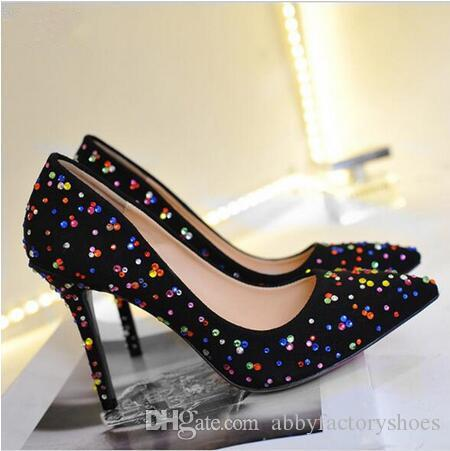 Sexy scarpe da sposa a punta scarpe Donna Multi-colore strass Partito pompe in pelle scamosciata Tacchi alti Vestito con borchie Pompe Escarpins Big Size 35-42