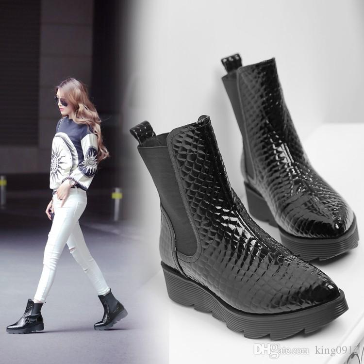 2016 fall genuine Leather thick soles short black boots Pointed serpentine big yards ladies boots Flat platform women's shoes10 11