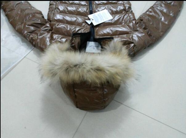 Short Women's Winter Down Coats Brown Ladies Slim Brand Jackets Warm Parka Real Raccoon Fur Hooded woman Jacket Fashion Designer Girls Coat