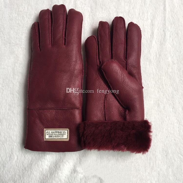 The new women Sheepskin leather bright gloves female winter warm fashion Windproof Antifreeze gloves