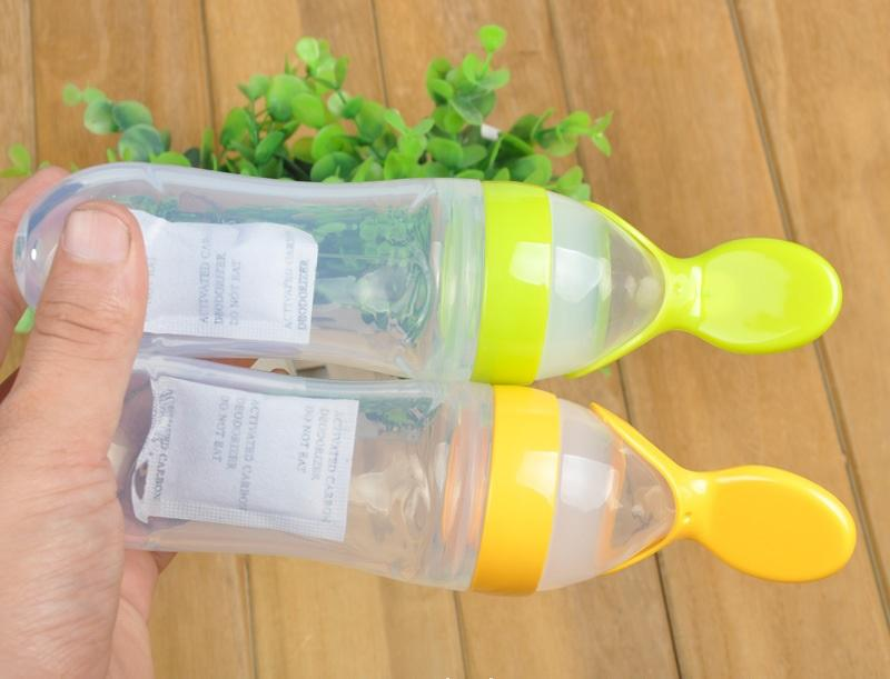 Silicone Baby Feeding Spoon with Bottle Infant Silica Gel Food Supplement Squeeze Spoon Silicone feed Pureed Feeder