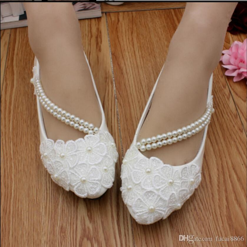 Wedding Sandals For Bride.2018 Summer New Product Manual Flat White Wedding Shoe Bride Bridesmaid Show Low Han Edition Dress Shoes With Thin Woman
