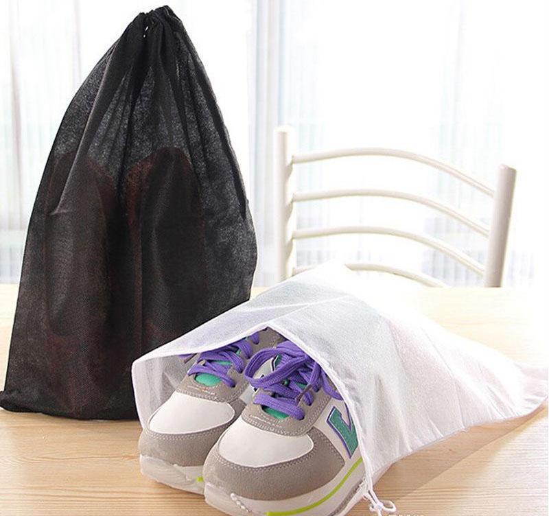 Promosyon dokunmamış Ayakkabı İpli Seyahat Depolama Ayakkabı Toz geçirmez Tote Toz Torbası Durumda Siyah Beyaz Kese Tote Çanta Toza ...