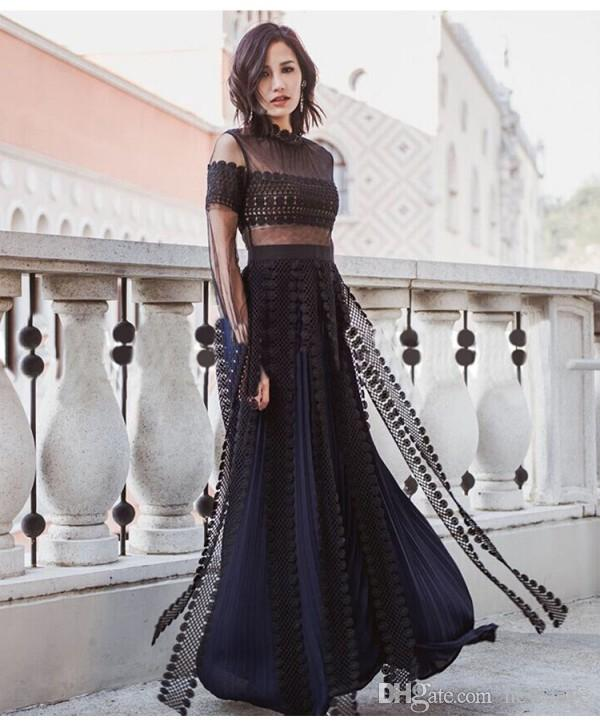 Lace Black Gowns