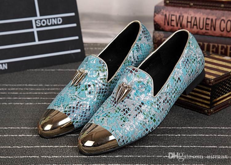 Luxus Herren Business Freizeit Kleid Schuhe Britische Designer Metallkappe Charme Slip On Lederschuhe Für Männer Loafer Party Schuhe