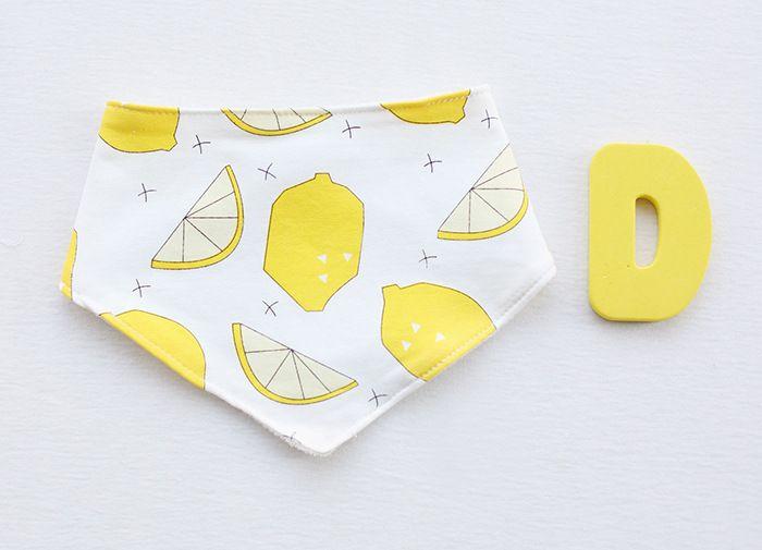 17 Design cartoons INS fox XO Lemon strawberry cloud bibs Burp Cloths 2016 new baby girls boys waterproof Pure cotton double layer bibs BB-2