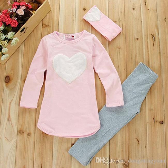 Weihnachtsliebes-Herz-gesetzte Kleidung für Baby-Mädchen-3 Stück-Klage-Kostüm-Frühlings-Herbst-Weihnachtskind-Kind-BaumwollT-Shirt + Trouser + Stirnbänder