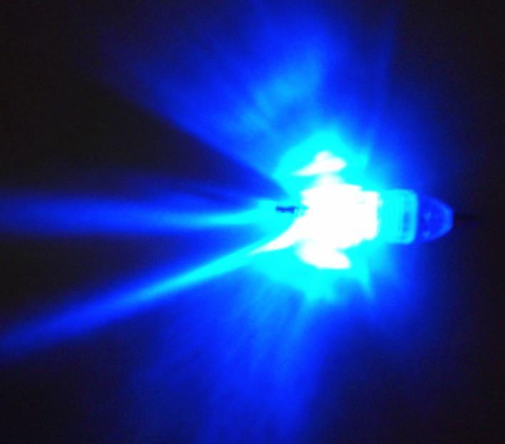 Hengjia Nytt märke undervattens LED-lampa Fiskehantering Fiske Ljus Sea Squid Fish 0.53OZ 14.9g 6cm röd grön