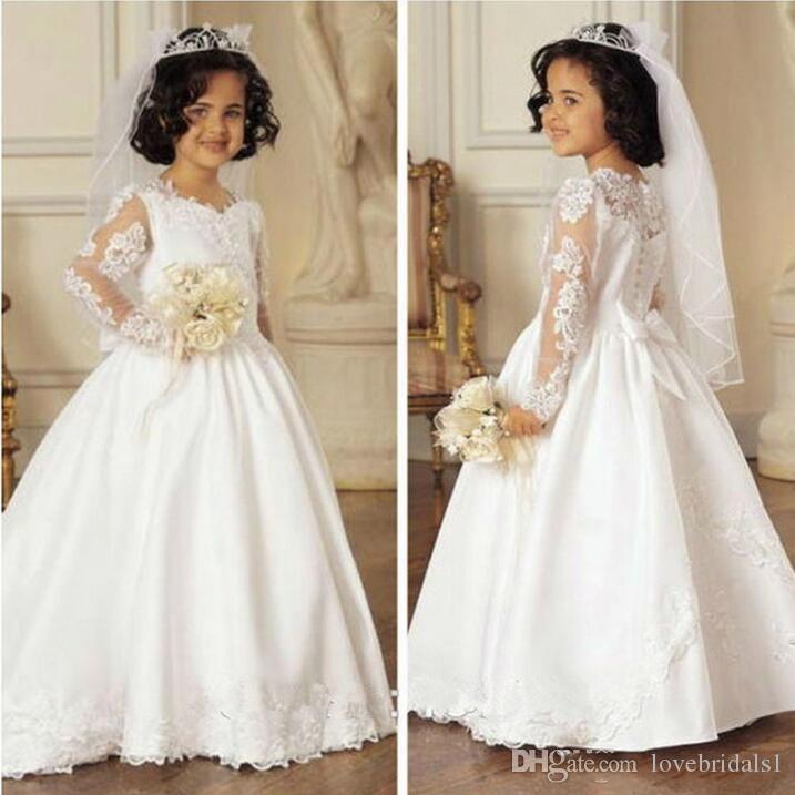 A Linha de rendas Apliques de flores meninas vestido de mangas compridas Santo Branco Primeira Comunhão Vestido para Meninas Com Arco Bonito Comunion