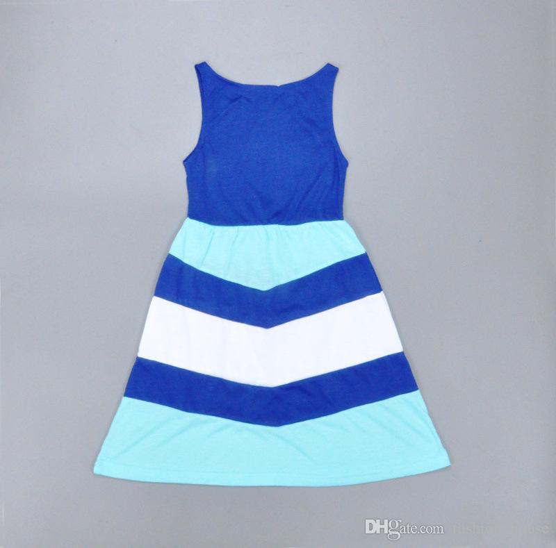 2016 الأسرة الوالدين والأسرة اللباس الأزرق والأبيض المشارب أزياء اللباس الأم وابنته الزي سترة اللباس