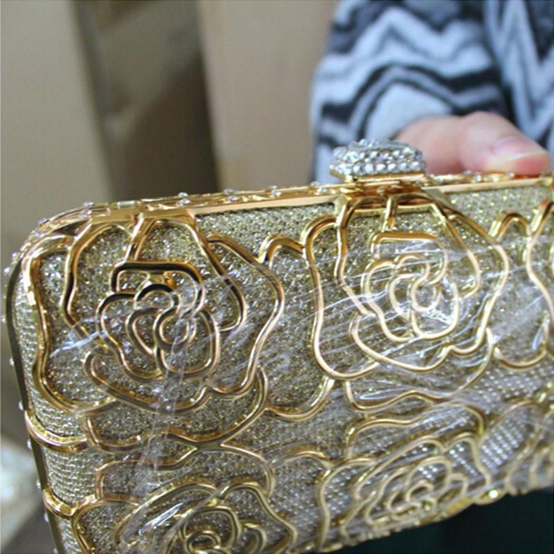 Wholesale hollow out clutch metal frame floral evening bag crystal diamond handbags women chain cutout messenger shoulder bag - R8154