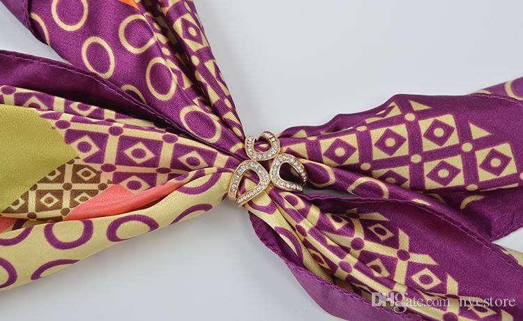 Moda femenina Rhinestone de lujo Garland Hoop Twine Broche Bufanda de seda Clip hebilla regalo de la joyería