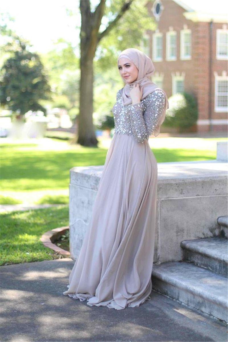 High Neck Muslim High Neck Hand Beading Bridesmaid Dress Grey Chiffon Floor Length Maid Dress for Guest with kerchief