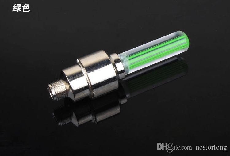 Vélo lumière montagne vélo de route vélo feux LEDS Tire Tire Valve Caps Roue rayons LED Light