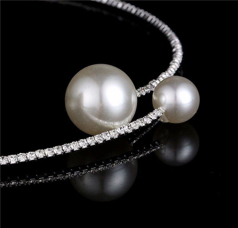 Elegant Delicate Crystal Rhinestone Choker Necklace Big Pearl Charm Single Strand Faux Pearl Necklace Diamond Collar for Women