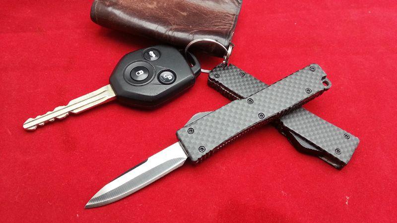 MIC Factory Direct MINI Carbon Schlüssel Schnalle Messer Geschenk Messer Aluminium T6 Kohlefaser 440 Klinge 2 Mode EPacket Freies Verschiffen