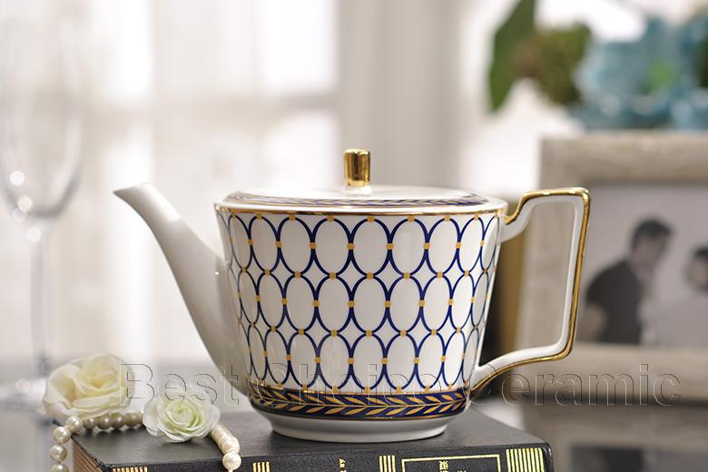 Porcelain coffee set bone china blue round design outline in gold European tea set coffee pot coffee jug cup saucer set